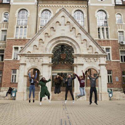 Pechi Universiteti
