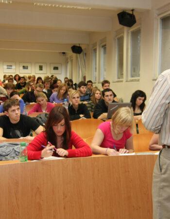 Praga Metropoliten Universiteti
