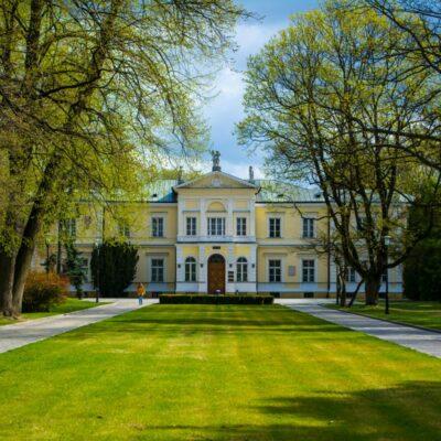 Varshava Tabiiy Fanlar Universiteti