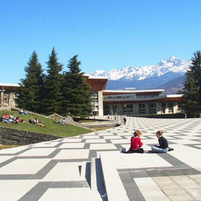 Grenoble Alpes Universiteti