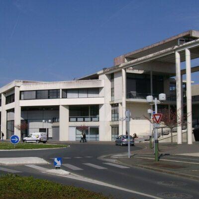 TOURS Universiteti