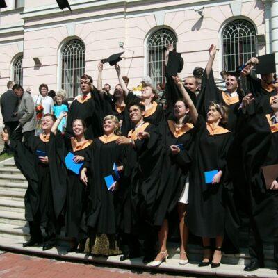 Matey Bel Universiteti
